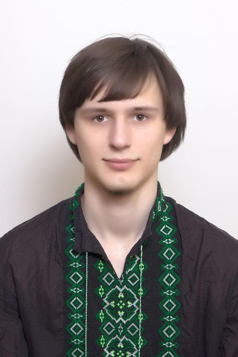 Романюк