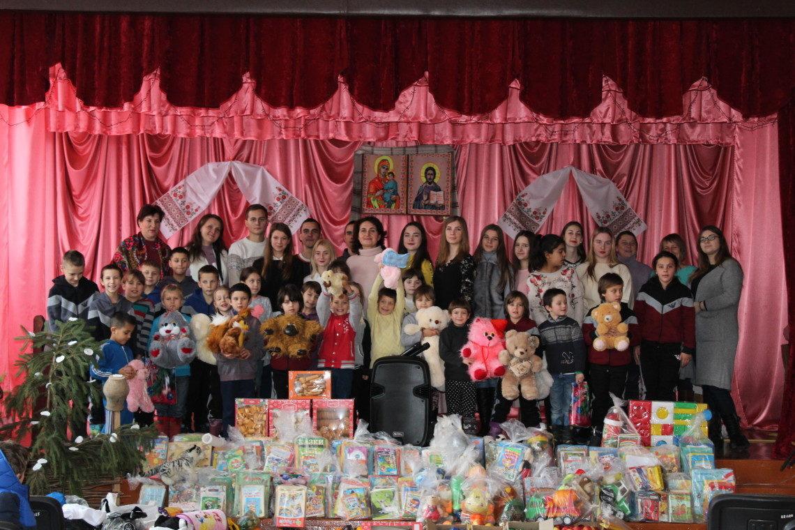 8 З благодійною місією відвідали вихованців  Вовковинецької  школи-інтернату